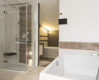 Bäderstudio Passail – Dusche mit Sitz
