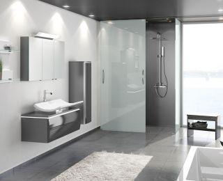 Bodengleiche Dusche m. Schiebetür, Creativbad